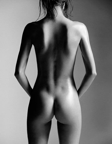Miranda Kerr – Naked Photoshoot by Laurent Darmon