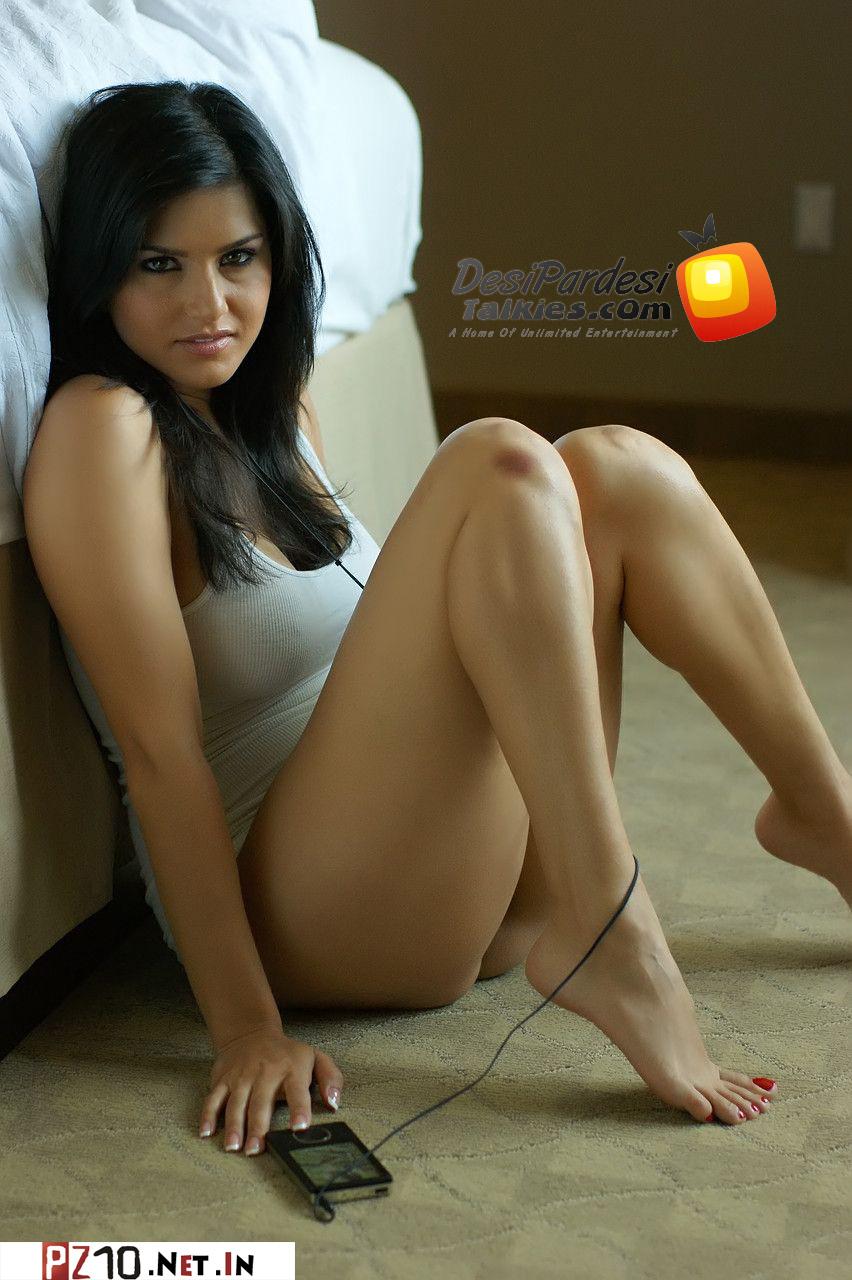 Bollywood 2 Hollywood Story: Sunny Leone New Hot Bedroom Photoshoot ...