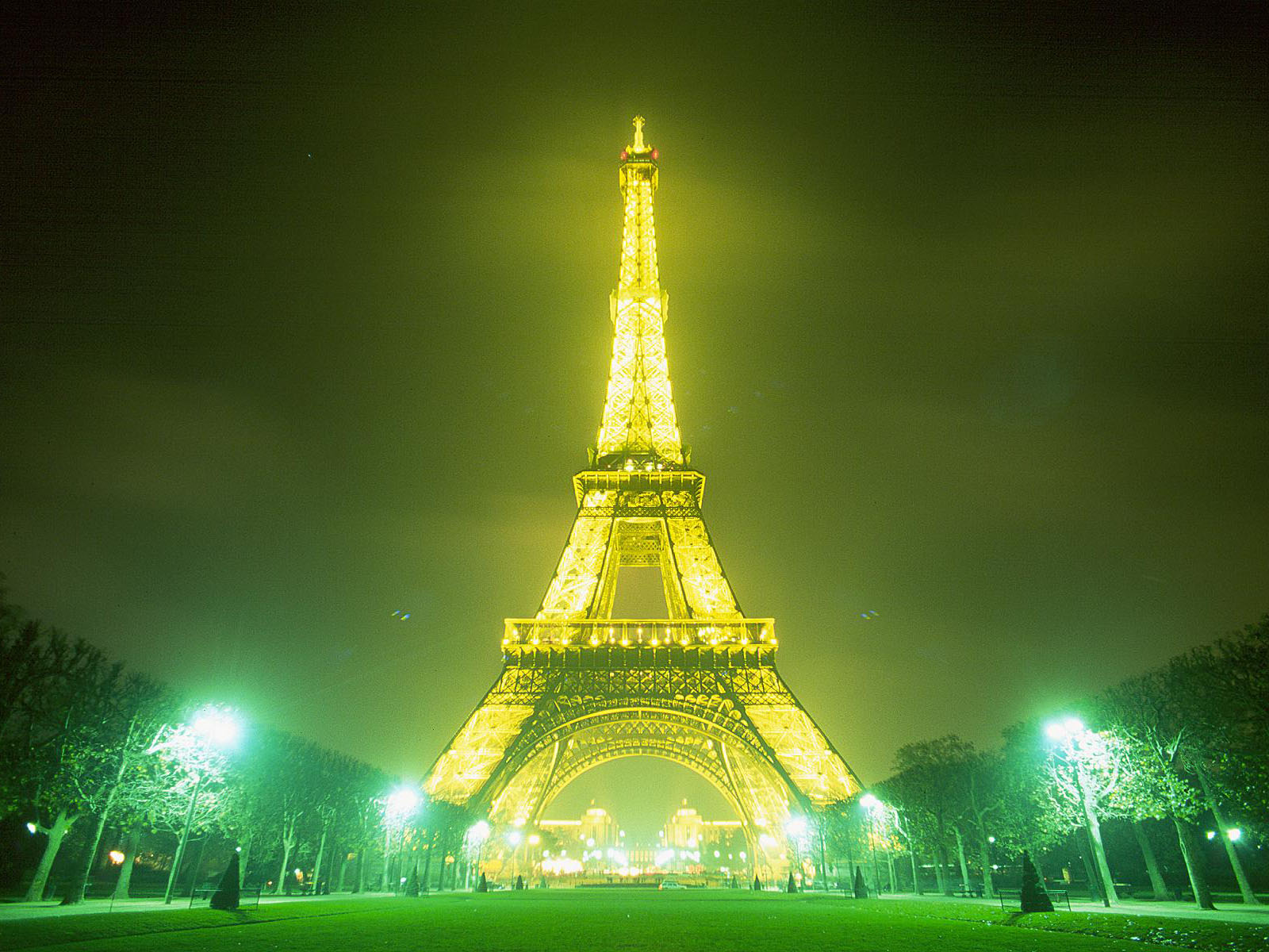 eiffel tower wallpaper - photo #11