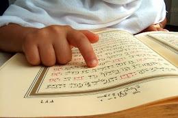 Çalışanlara Akşam Kur'an Dersleri Verilmektedir.