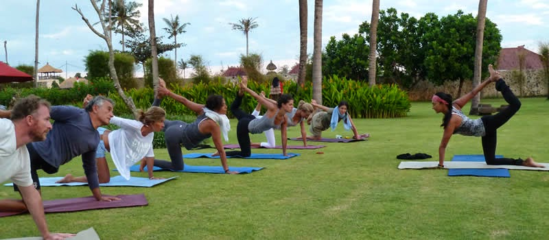 Yoga teacher, yoga instructor, yoga trainer, yoga class in Bali, yoga workshop in Bali, yoga class, yogi, yoga teacher tips