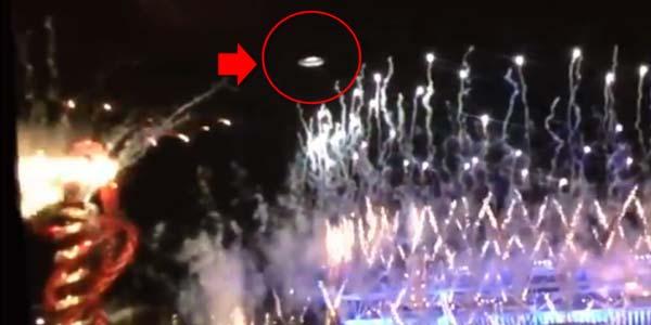 UFO Muncul disaat Pembukaan Olimpiade London 2012