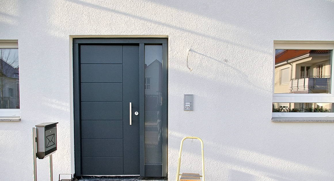 das schauerhaus montage einer aussenleuchte mit bewegungssensor. Black Bedroom Furniture Sets. Home Design Ideas
