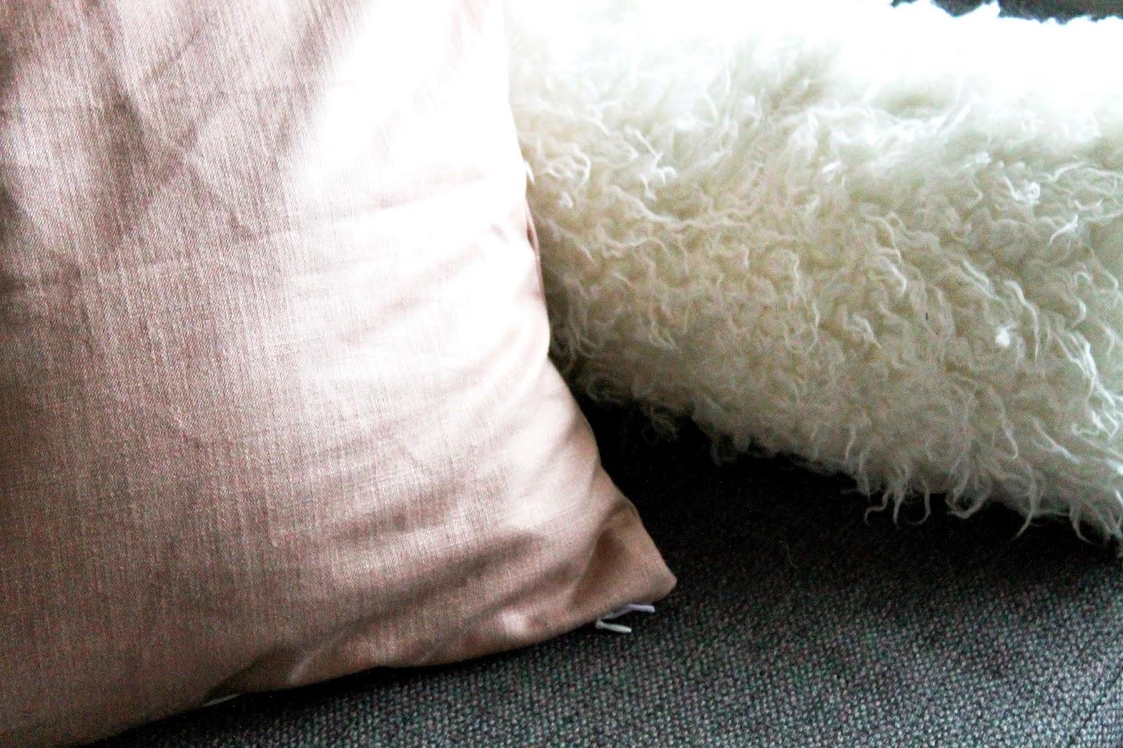 New pillowcases   Alinan kotona blog #pillowmakeover #pillowcase #home #decor #DIY