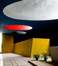Couvent de la Tourette par Le Corbusier 20959930_QTMS33qN_b