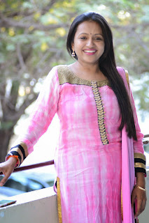 Suma Latest Picture in Slawar Kameez at (GAMA) Gulf Andhra Music Awards 2014 Press Meet Press Meet