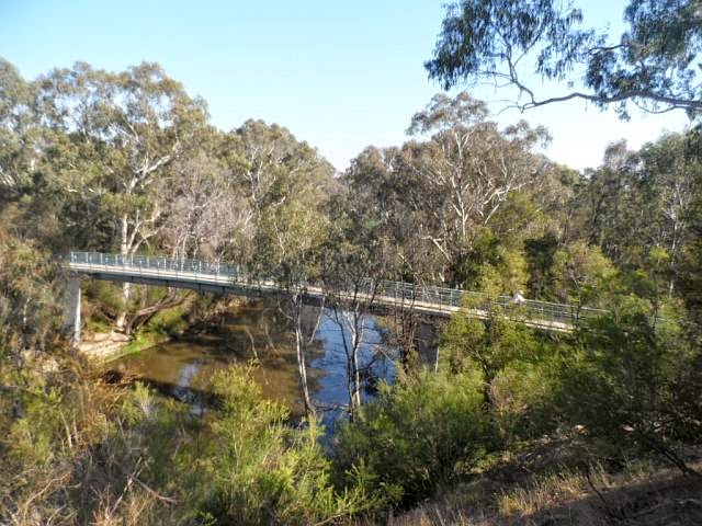 Main Yarra Trail bridge (April 2015)