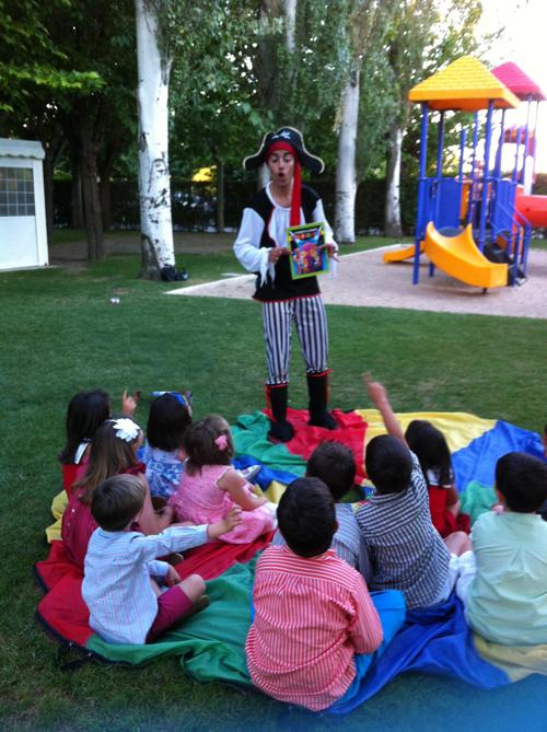 animador niños boda pirata