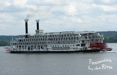 American Queen riverboat going up the Mississippi River