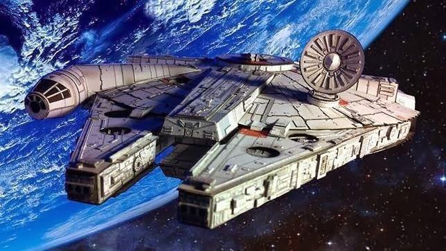 Se construye nuevo halcon milenario para star wars vii for Interior halcon milenario