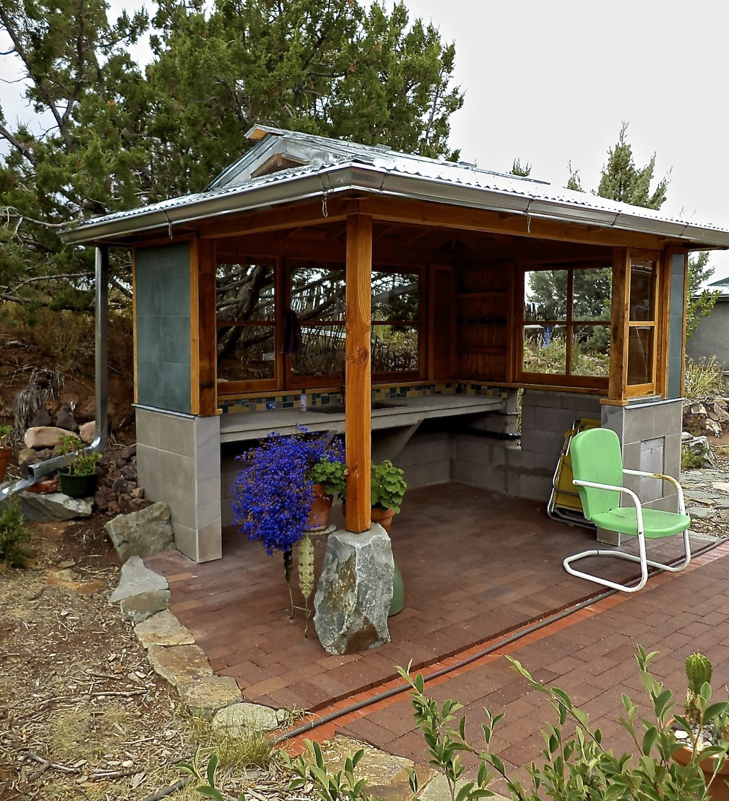Alt. Build Blog: Building An Outdoor Kitchen: #1 Concrete