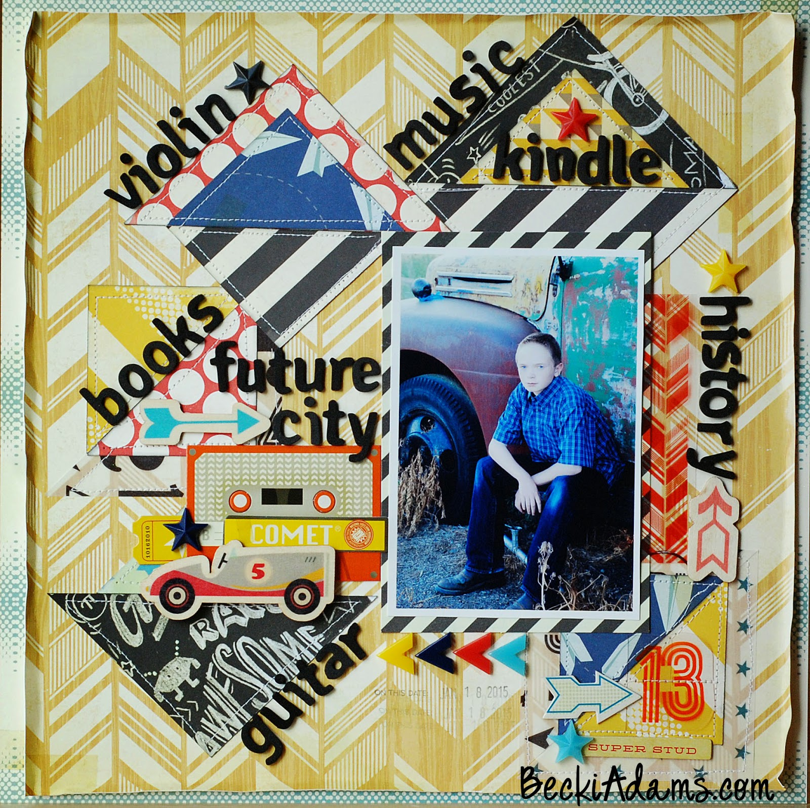 how to scrapbook using triangles by @jbckadams #scrapbooking #layout #scrapbook #papercrafting