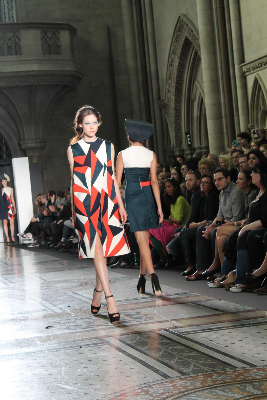 Istituto marangoni graduate fashion show for Istituto marangoni
