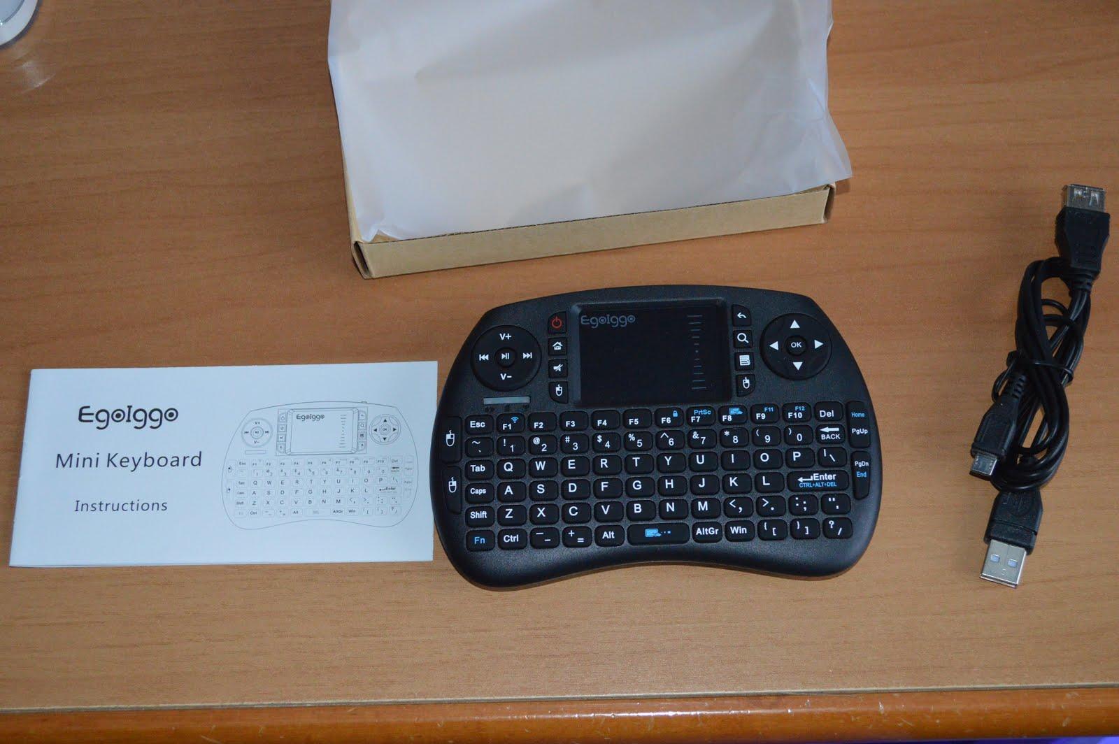 Egoiggo wireless mini tastiera 2 4ghz portatile con mouse touchpad - Tastiera del letto ...