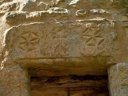Llinda d'una finestra del Molí d'Altimires