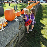 New England Fall Events_Newburyport MA Great Pumpkin Stroll