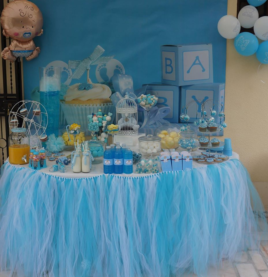 tulles sweet table