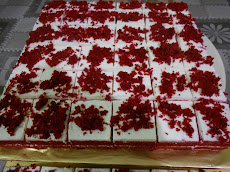 Kek Slices Red Velvet (RM 60)