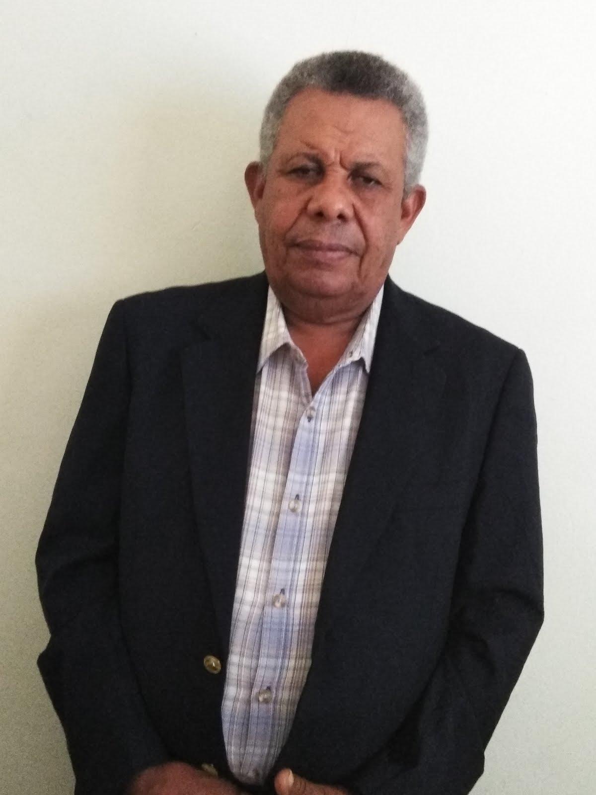 CUMPLEAÑO DE SU DIRECTOR