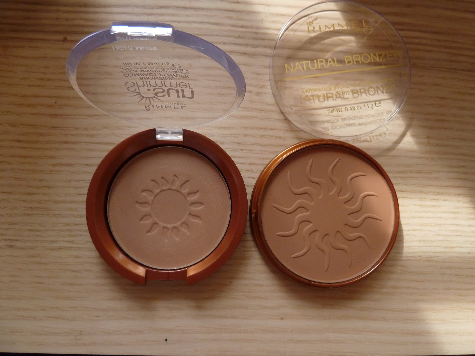 Left: Sun Shimmer, right: Natural Bronzer