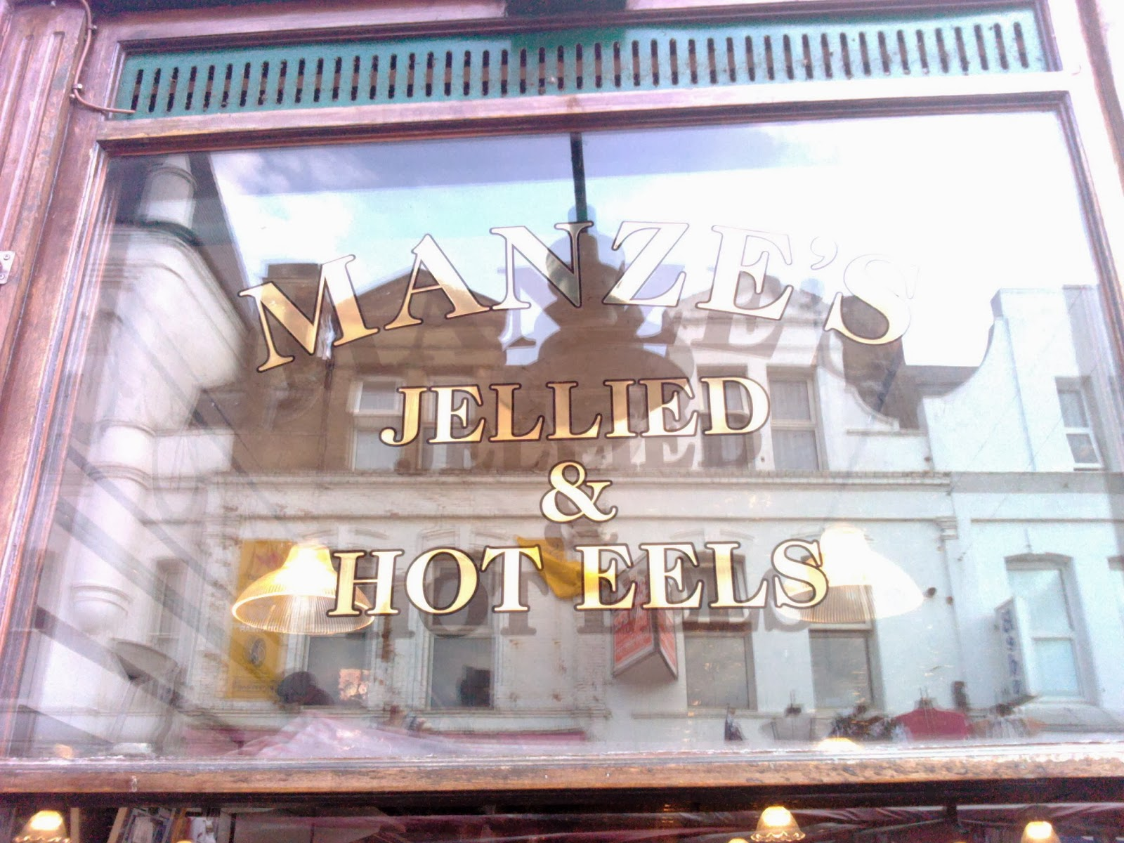 Manze, pie, mash and eel