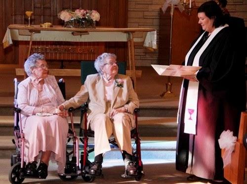 Pelik Pasangan Nenek Lesbian Ini Berkahwin Setelah Umur 90 Tahun