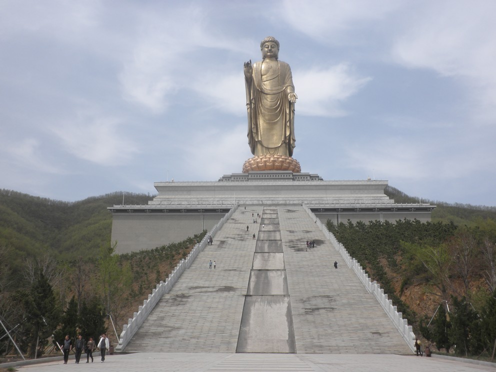 Pingdingshan China  city photo : ... city called pingdingshan in central china the spring temple buddha
