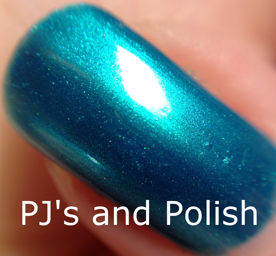 Swatch and Review Nicole by OPI Poised in Turquoise Seche Vite