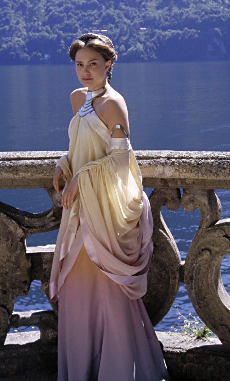 A look into Star Wars: Padmes Dresses. Annex B