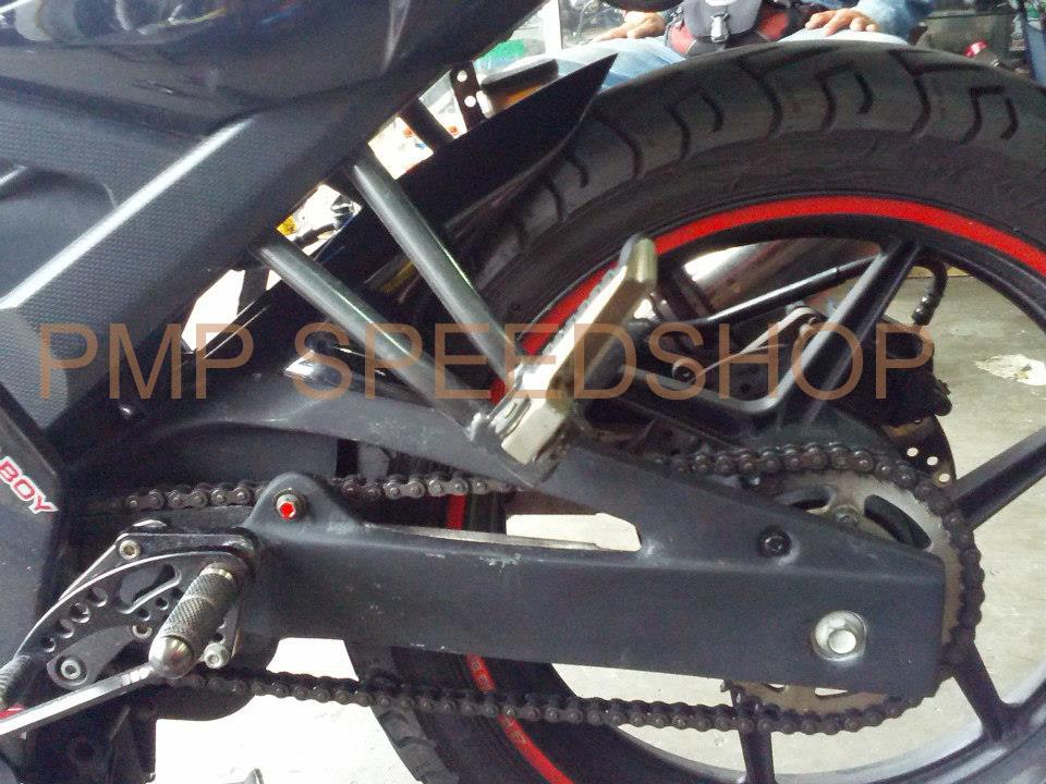 Tire Hugger For Yamaha Sz