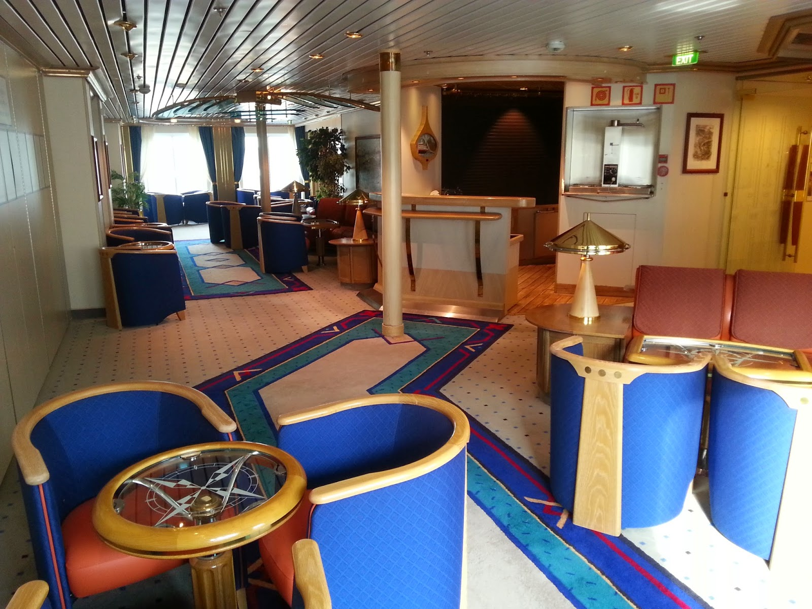 Hurtigruten MS Nordkapp - Flembøringen Lounge