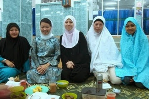 hannah-yeoh-peluk-islam
