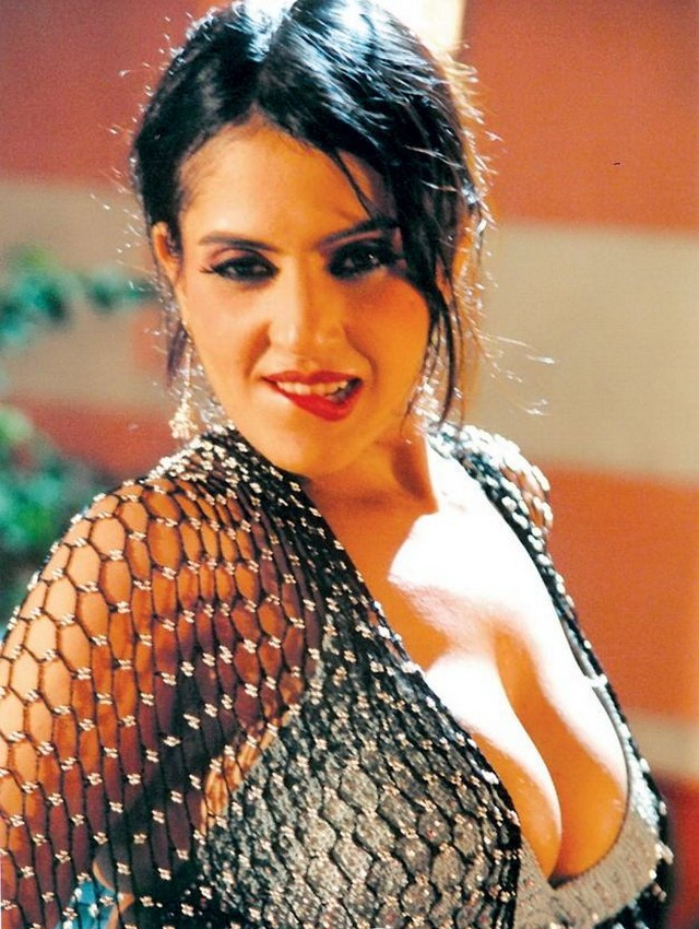 visha nagam tamil movie hot stillsmp3 songs for free download