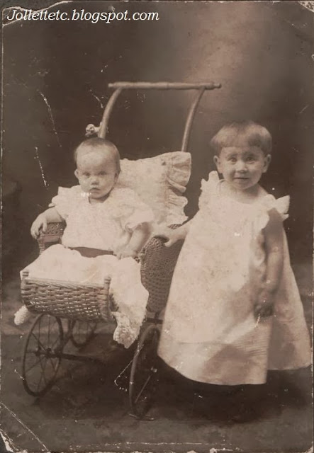 Lucille Rucker Davis and Rosalind Rucker Basham 1905