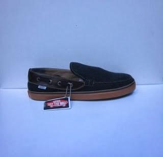 Vans Zapato Slop hitam,vans casual murah,vans santai