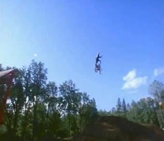 motocross-tributo ao estilo livre-versão 1