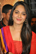 Anushka at rudramadevi trailer launch-thumbnail-11