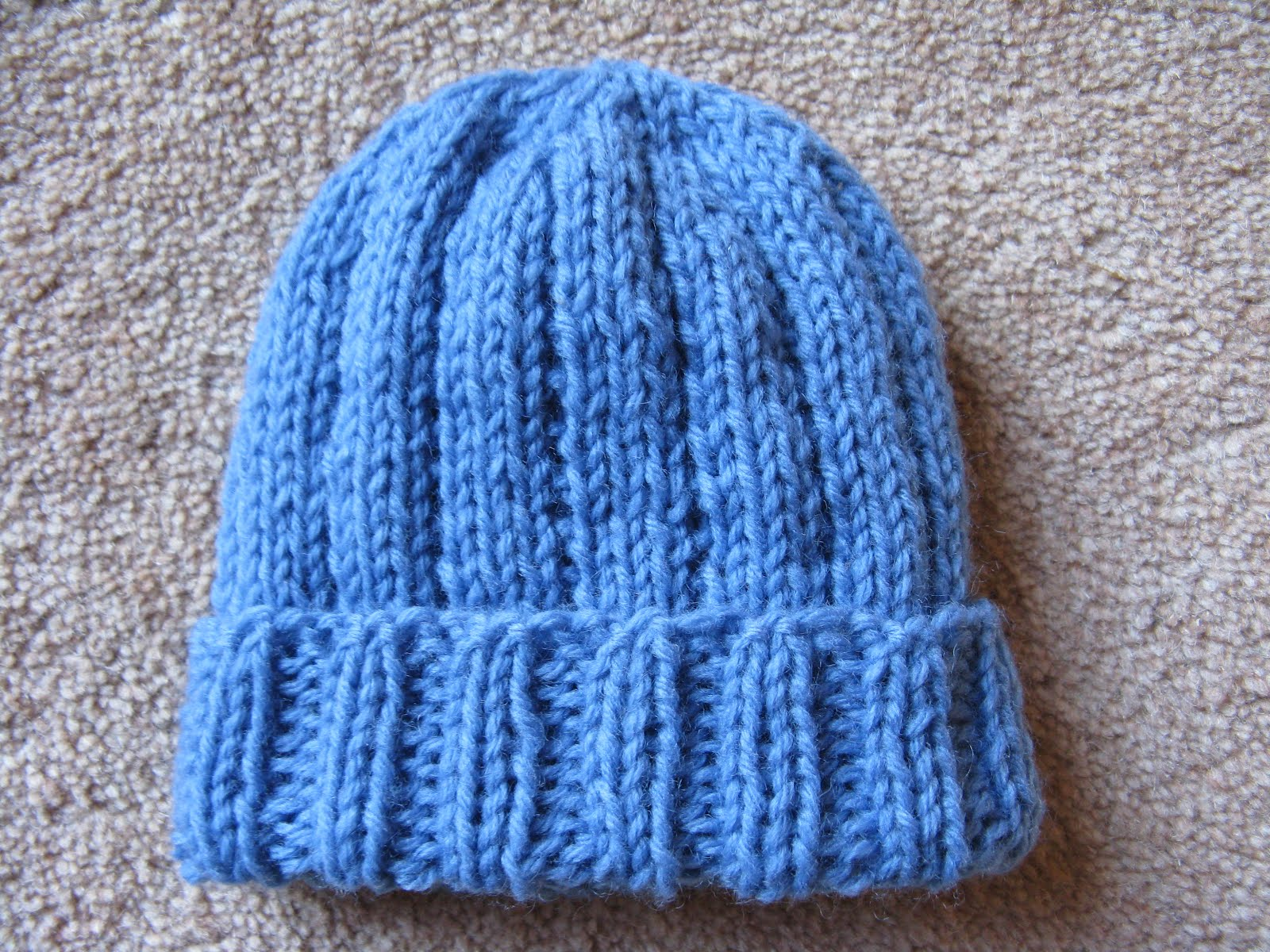 Easy Preemie Hat Knitting Pattern : Modelwidow: Little Boy Blue Preemie Hat