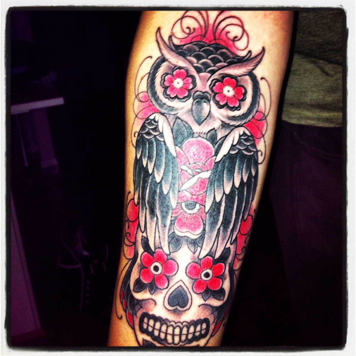 Tatuaggi di animali tatuaggi di gufi gratis for Owl with sugar skull tattoo