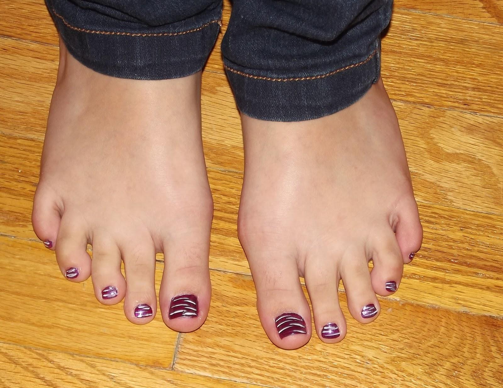 gobeagirl: Spring Break & Painted Nails...