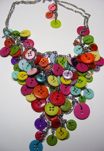 Buttons Necklaes