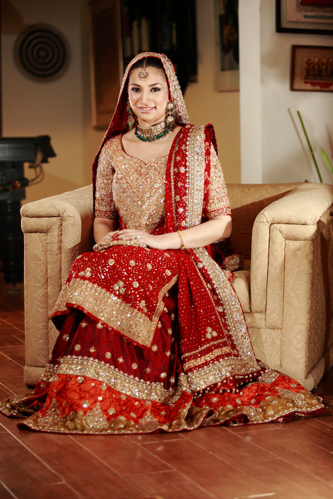 Fashion world latest fashion pakistani wedding dresses for Online pakistani wedding dresses