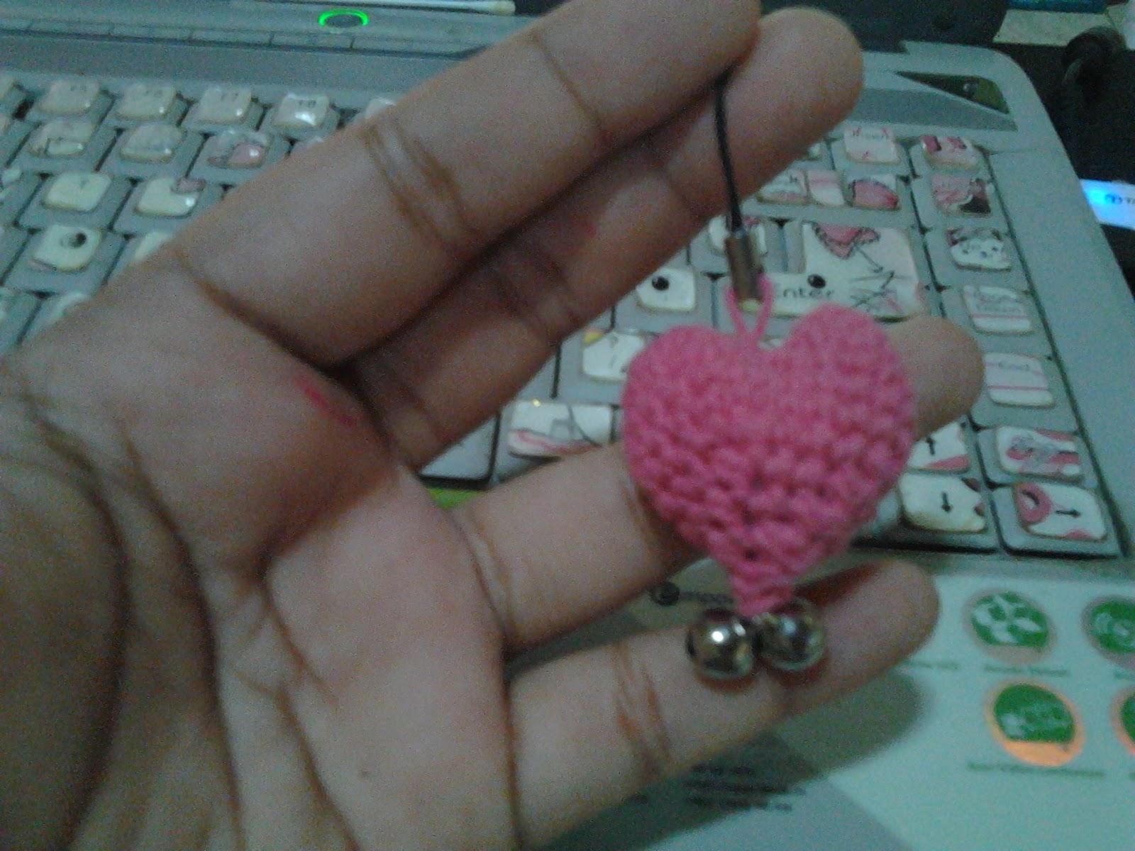 Pola Gratis Gantungan Kunci Amigurumi : Icha dan crochet gantungan hp berbentuk hati