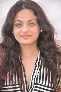 Sneha Ullal Latest Picture Gallery at Antha Nee Mayalone Movie Opening ~ Celebs Next