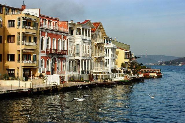 Αρχοντικά σε Yenikoy(Νιχώρι, Κωνσταντινούπολη)