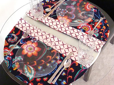 Placemats for a Round Table by Shannon Sews