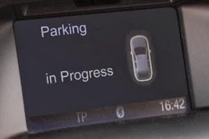 Teknologi Baru Ford, Tinggalkan Mobil Anda dan Parkir Otomatis