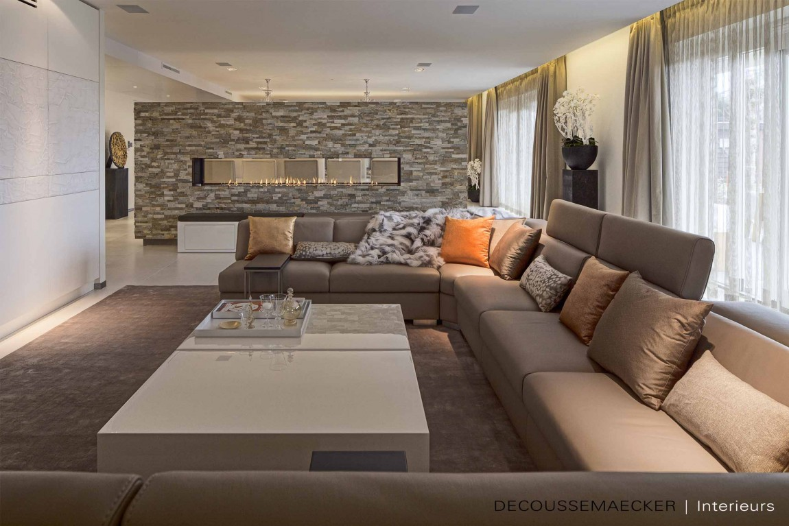 ... Is Behind The Interiors Of This Exclusive Private Residence Designed By  AVEM Architecten. Once A Farmhouse, This Dream Home Is Located In North  Holland, ...