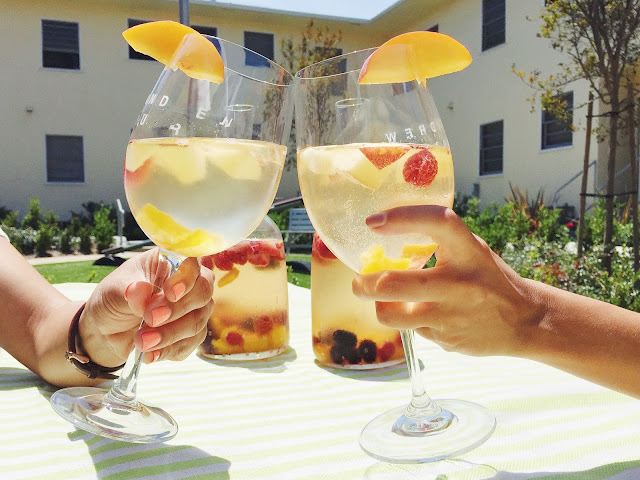 summer sangria, white wine sangria, frozen fruit for cocktail