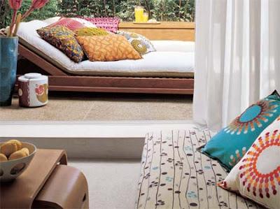 terraço com almofadas